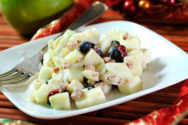 Ensalada navideña de manzanas