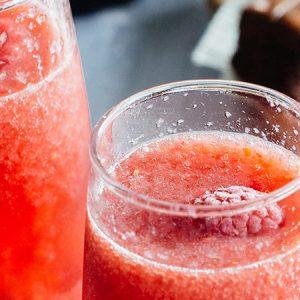 Mimosa de frambuesa, cóctel para San Valentín