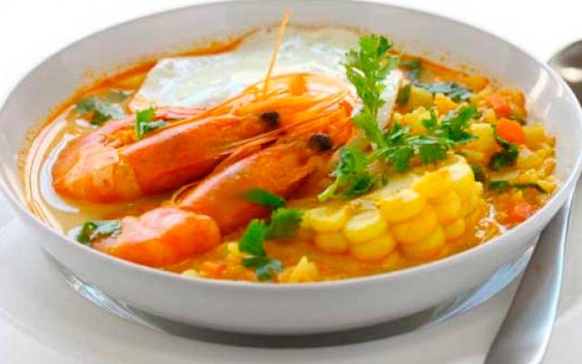 Receta del Chupe de Camarones Arequipeño