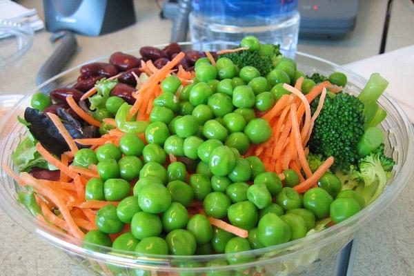 Ensalada de verduras hervidas o sancochadas