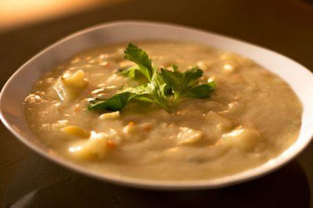 Sopa de Choclo Cuzqueño o Lawa de maíz